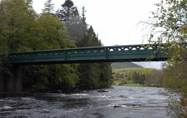 Complete Plastic Solutions Manage Balmoral Bridge Weather Containment